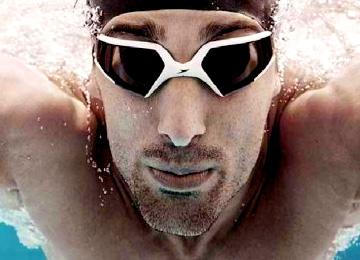 Occhialini nuoto e piscina